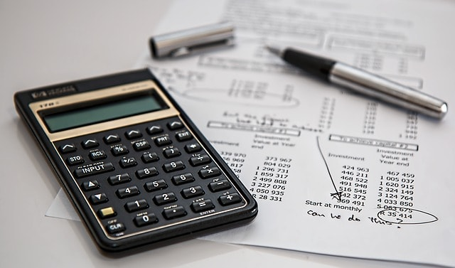 איך מחשבים רווח הון ממסחר במטבעות דיגיטליים – FIFO או LIFO, ומה זה משנה?