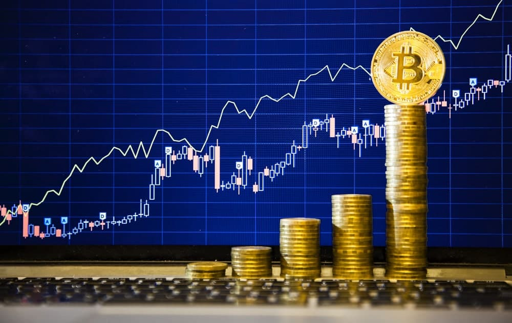 Bitcoin Continues to Crush Altcoins as BTC Dominance Hits a New High At 65%