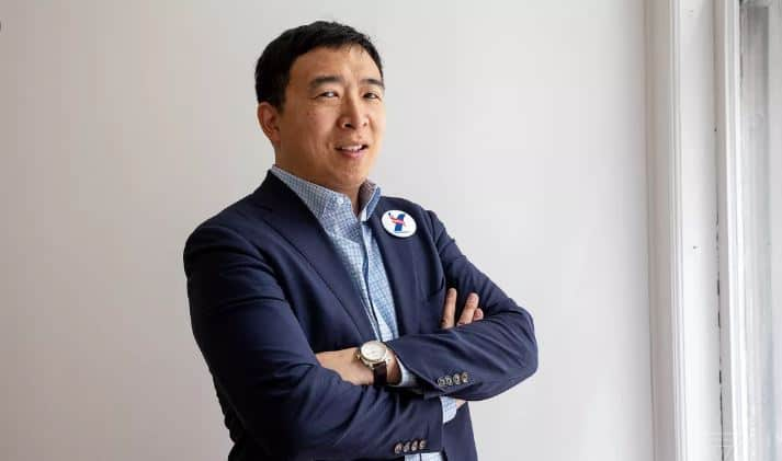 Crypto-Friendly Andrew Yang Calls For $2,000 Per Month Stimulus Package
