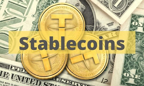 Waiting For Bullish Command? More Than $1 Billion Stablecoins Balance Waiting On Exchanges