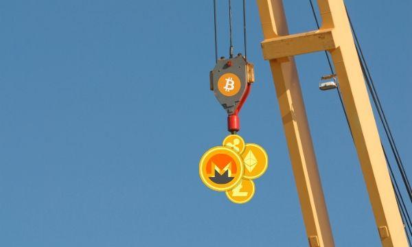Altcoins Bleeding Out As Bitcoin Heads Lower (Market Watch)