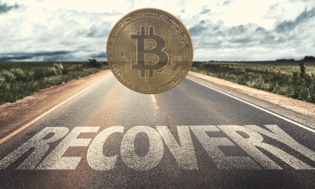 Bitcoin Price Reclaims $36K As Crypto Market Cap Eyes $1 Trillion Again (Market Watch)