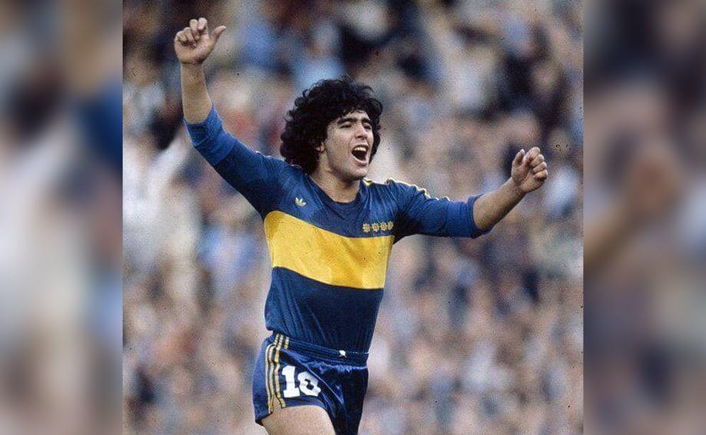 Diego Maradona wearing the uniform of the Boca Juniors