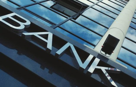UK Bank Bans Crypto Purchases From Binance and Kraken, Reports