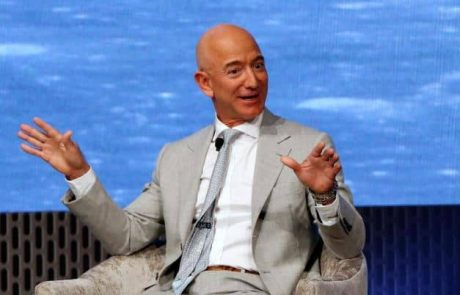 Jeff Bezos iPhone Hack: Good Advertising for Cryptocurrency Hardware Wallets