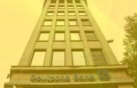 Deutsche Bank Sees How The Internet Compares To Blockchain Technology