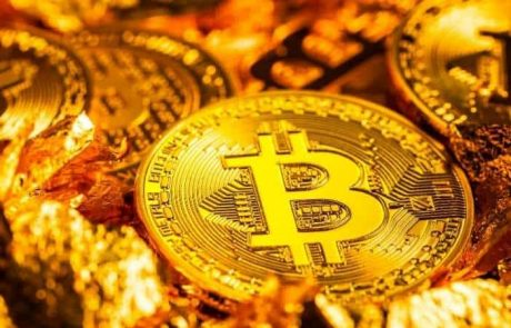 Analyst: Why Bitcoin Should be Priced in Gold Instead of USD