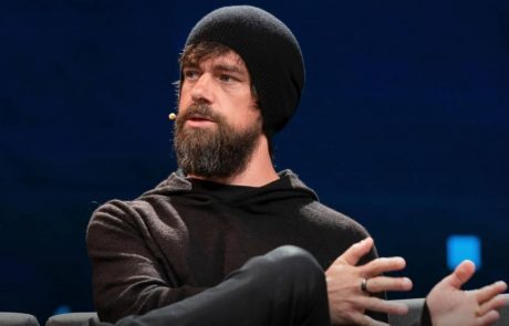 Jack Dorsey's Bitcoin-Friendly Square Accused of Unfairly Withholding 30% Of Customers' Funds