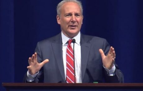 Peter Schiff: Oil Plunge Into Negative Territory Doesn't Validate Buy Bitcoin Narrative