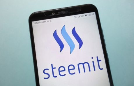 Steemit Social Network Bans Users Amid Censorship Resistance